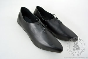 In stock - Medieval Market, Men\'s under-the-ankle shoes with a shiny sole - stock