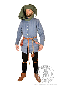 - Medieval Market, Notre-Dame woolen pourpoint. Medieval costume
