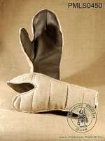 In stock - Medieval Market, quilted_gloves_long