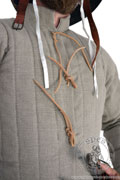 Simple medieval gambeson of Saint-Denis - Medieval Market, has vertical stitchings on its whole length, both on torso and sleeves