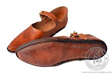 Magazyn - Medieval Market, Hand sewn low profile women\'s shoes 1