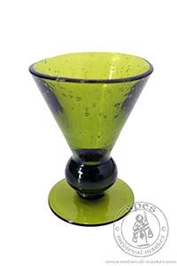 Akcesoria kuchenne - Medieval Market, This model is made from a green glass.